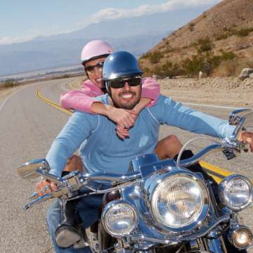 Motorrad oder Cabrio – wo kauft man am besten