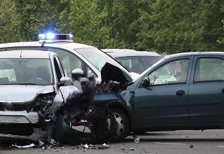 Autounfall im Ausland - was ist zu tun