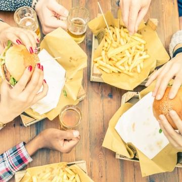 Anti Diät Tag - warum der Schlankheitswahn nicht immer gesund ist