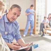 Abrechnung mit dem Arzt - welche Besonderheiten bei der Rechnungsprüfung zu beachten sind